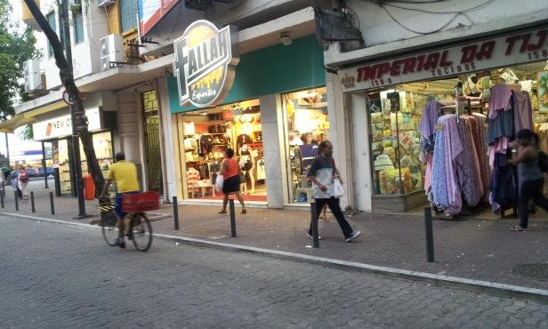Loja de acessórios esportivos Fallah Esportes (Foto: Rafael Junqueira/Mundo Pauta)