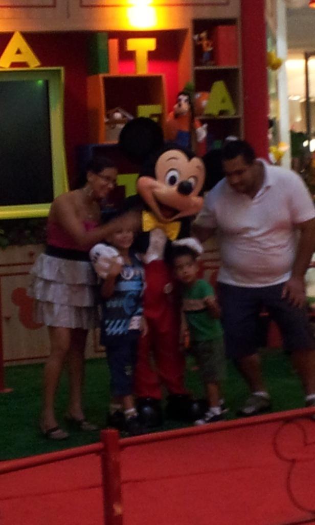 Encontro mágico de Mickey e Mundo Pauta (Foto: Rafael Junqueira/Mundo Pauta)