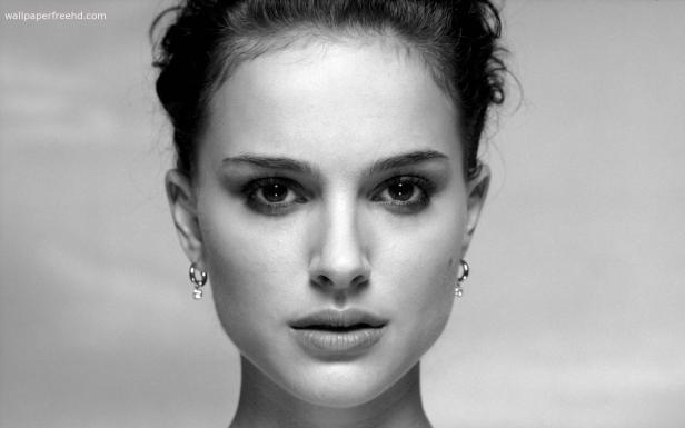 Natalie Portman Scale Gray Pure