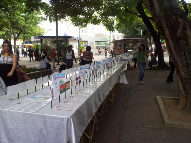 Evento de divulgação do Rio Bairros na Praça Saens Pena (Foto: Rafael junqueira/Mundo Pauta)