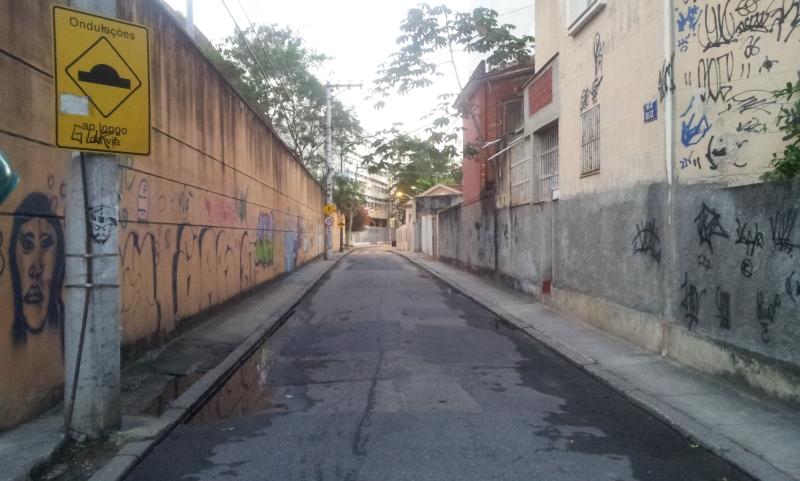 Rua Dulce próximo ao ex-walmart - Tijuca (Foto: Rafael Junqueira/ Mundo Pauta)