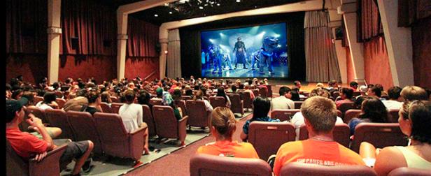 No Cinema, só filme dublado, opina 56% dos 2000 entrevistados (Imagem: Reprodução)