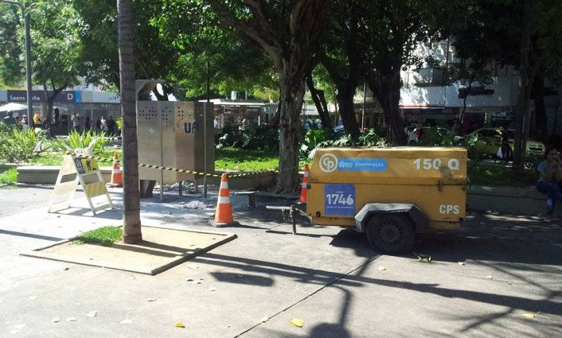 Banheiro público é removido pela Prefeitura - Foto: Rafael Junqueira/ Mundo Pauta